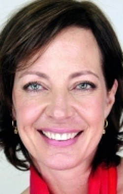 All best and recent Allison Janney pictures.