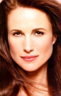Andie MacDowell - wallpapers.