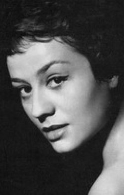 Actress, Producer Annie Girardot, filmography.