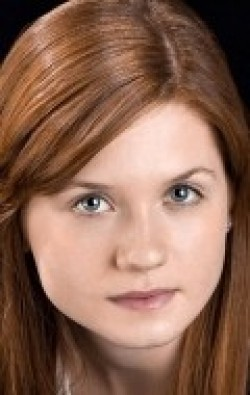 Bonnie Wright - hd wallpapers.