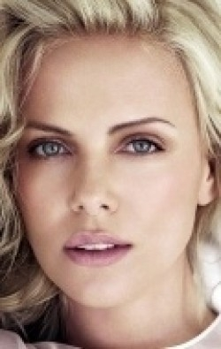All best and recent Charlize Theron pictures.