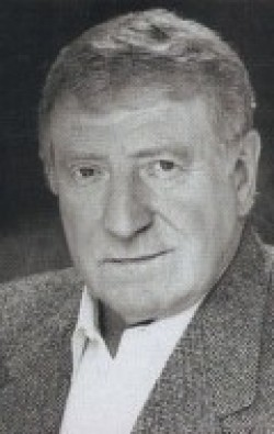 Actor Clive Revill, filmography.