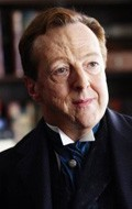 All best and recent Edward Hibbert pictures.