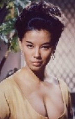 France Nuyen - wallpapers.
