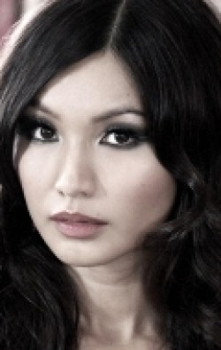 Gemma Chan - hd wallpapers.