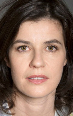All best and recent Irene Jacob pictures.