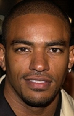 Recent Laz Alonso pictures.