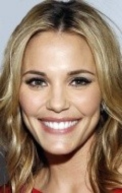 Recent Leslie Bibb pictures.