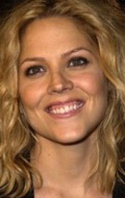 All best and recent Mary McCormack pictures.