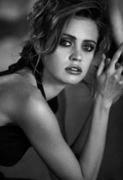 Actress Nathalie Rapti Gomez, filmography.