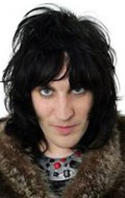All best and recent Noel Fielding pictures.