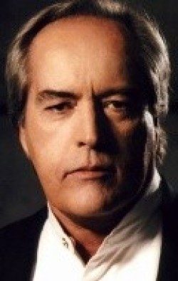 Recent Powers Boothe pictures.