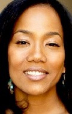 Recent Sonja Sohn pictures.