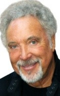 All best and recent Tom Jones pictures.