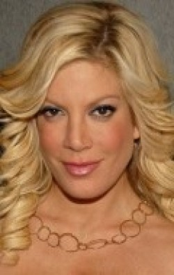 All best and recent Tori Spelling pictures.