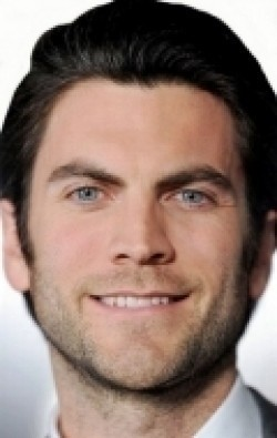 All best and recent Wes Bentley pictures.