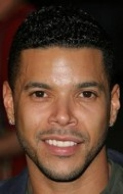 Wilson Cruz - wallpapers.